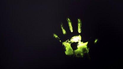 Chemischer Fingerabdruck mit DNA-Farbstoff-Kennzeichnung