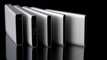 Mini-Festplatte mit Thunderbolt-Anschluss und USB 3.0