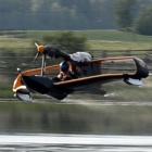 Flynano: Ultraleicht-Wasserflugzeug mit Elektromotor hebt ab