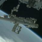 Raumfahrt: Weltraumroboter Mr. Dextre setzt die Zapfpistole an