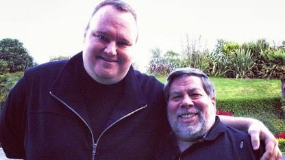 Kim Dotcom und Steve Wozniak (r.)