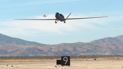 Militärische Drohne Global Hawk: verschlüsseltes GPS-Signal