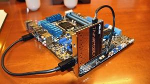 Die ThunderboltEX mit DP-Kabel