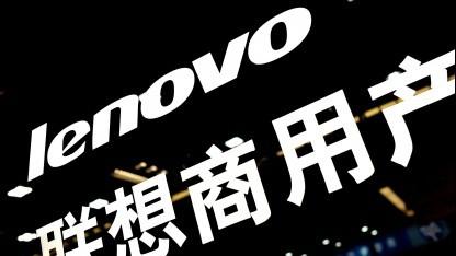 Lenovo-Logo in einem Computercenter in Schanghai