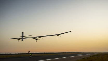 Start in Rabat am 6. Juli 2012: solarbetriebenes Flugzeug Solar Impulse