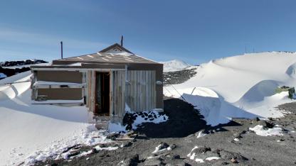 Shackletons Hütte am McMurdo Sound in der Antarktis