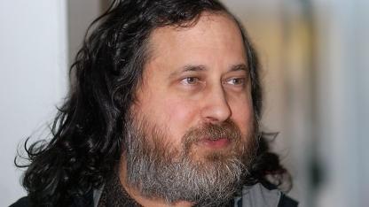 Richard Stallman kritisiert die Amazon-Suche in Ubuntu 12.10.