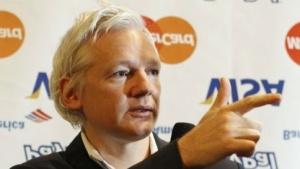 Sieg vor Gericht: Julian Assange protestiert 2011 gegen Spendenblockade.