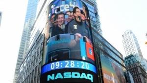 Soziales Netzwerk: Facebook-Aktie stürzt nach erstem Quartalsbericht ab