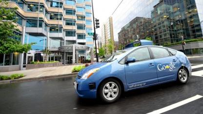 Googles Roboter-Prius: knifflige Verkehrssituationen bewältigen