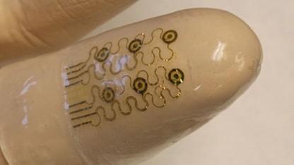 Elektronischer Finger: Speichervermögen ändert sich durch Druck.
