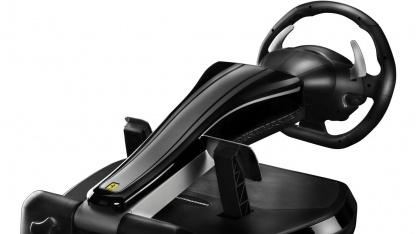 Das GT458 bietet Force Feedback und lässt sich zusammenklappen.