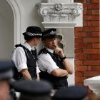 Julian Assange: Ecuador gewährt Assange politisches Asyl