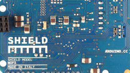 Mit dem Wifi-Shield lässt sich das Arduino mit dem WLAN verbinden.