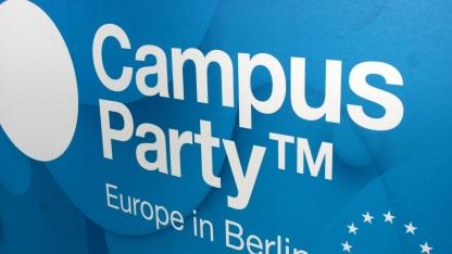 Die Campus Party Europe 2012 startet in Berlin am Tempelhofer Flughafen.