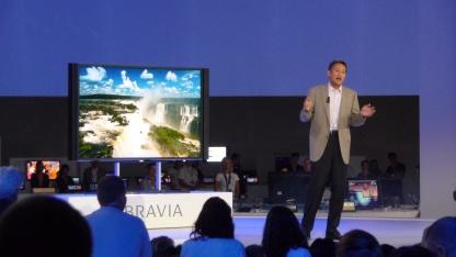 Kaz Hirai präsentiert den 4K-3D-Fernseher Bravia KD-84X9005