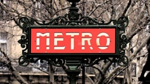 Metroschild in Paris