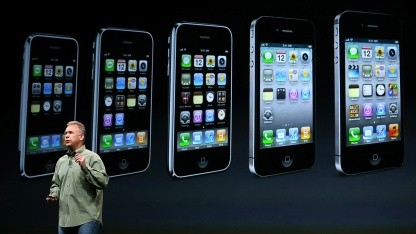Apples Marketing-Vizepräsident Phil Schiller stellt am 12. September 2012 das iPhone 5 vor.