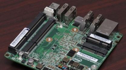Der Prozessor befindet sich auf der anderen Seite des Mainboards.