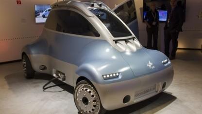 Roboterauto Romo: seitwärts und schräg fahren