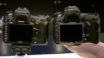 Die Nikon D600 (r.) im Vergleich zur D7000