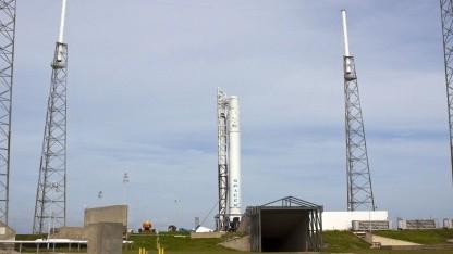 Falcon 9 Trägerrakete: wichtige wissenschaftliche Ausrüstung für die ISS