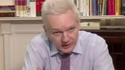 Julian Assange bei seiner Videoansprache: Obama soll das Richtige tun.