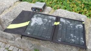 Goal Zero Sherpa 50: Notebook mit Sonnenenergie betreiben und aufladen