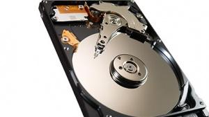 Fast so schnell wie eine SSD: Intel zeigt Seagates SSHD mit Hybrid Information