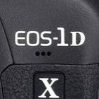 Canon-Profikamera: EOS-1D X mit roten Leuchtpunkten im Sucher