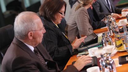 Deutsche Bundesminister mit Tablets