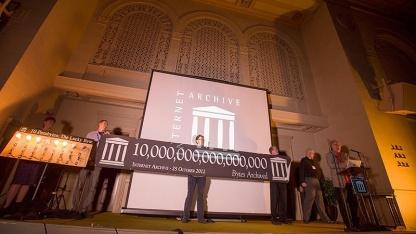 Internet Archive speichert mehr als 10 PByte.