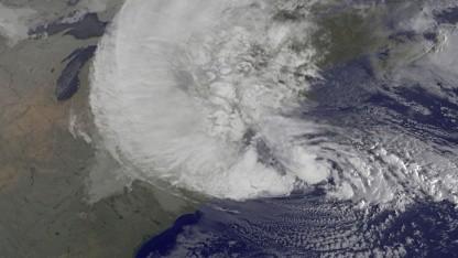 Wirbelsturm Sandy (Satellitenbild vom 29. Oktober 2012): Keller vollgelaufen, Treibstoffpumpe ausgefallen