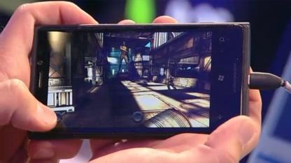 Unity und Shadowgun auf einem Windows-Phone-8-Smartphone