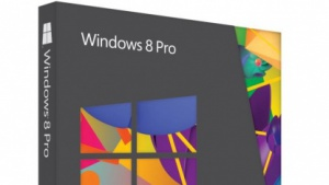 Windows 8 Pro kommt in der Pappschachtel.