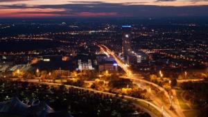 O2-Zentrale bei Nacht