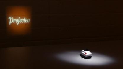 Projecteo: Der Instagram-Diaprojektor für die Hosentasche