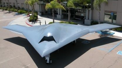 X-47B: Einweisen wie bemanntes Flugzeug