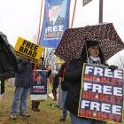 """Bradley Manning: """"Ich werde in diesem Käfig sterben"""""""