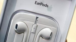 Künftige Apple-Kopfhörer könnten auch Lautsprecher sein.