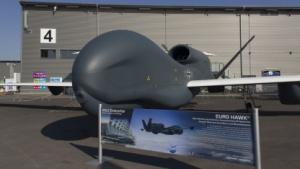 Drohne Eurohawk (auf der Ila 2012): keine Entscheidung über Leben und Tod