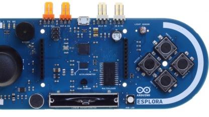 Der Arduino Esplora kann als Gamepad genutzt werden, hat aber auch zahlreiche Sensoren.