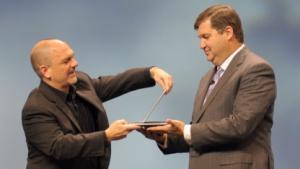 HP zeigt sein neues Elitebook Revolve auf der Discover in Frankfurt am Main.