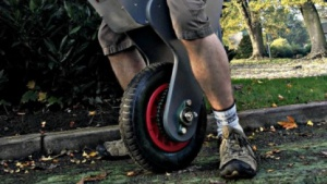 Das Raptor-Einrad balanciert selbstständig.