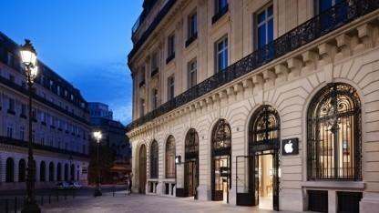 Apple Store Opera in Paris