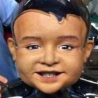 Uncanny Valley: Babyroboter Diego-san verzieht das Gesicht