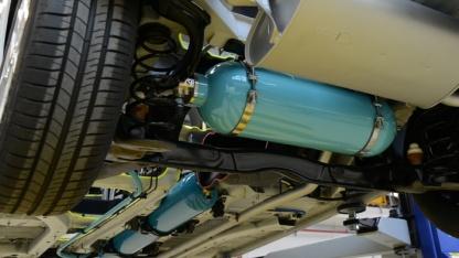 Druckspeicher unter dem  Peugeot