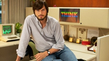 jOBS - Ashton Kutcher spielt Steve Jobs.