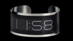 Die Armbanduhr CST-01 ist nur 0,8 mm dick.