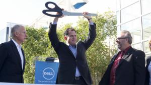 Dell-Chef Michael Dell bei der Eröffnung einer neuen Niederlassung in Santa Clara, Kalifornien, im Jahr 2011